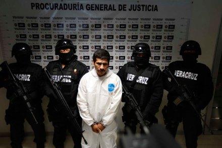 El 30 de octubre la PGJV presentó a Jorge A. Hernández, supuesto asesino de Regina Martínez... Foto: Fotover / Antonio Palacios