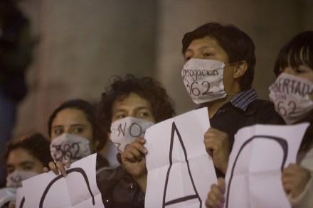Familiares de presos por disturbios del #1Dmx exigen su liberación. Foto: Octavio Gómez