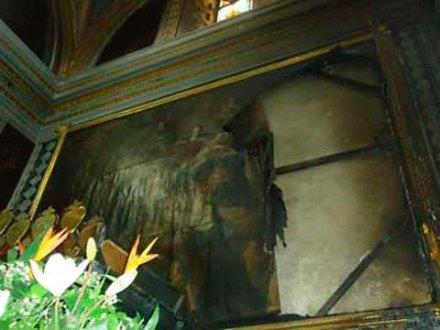 El saldo del incendio en el templo de Santa Mónica en Puebla. Foto: Especial