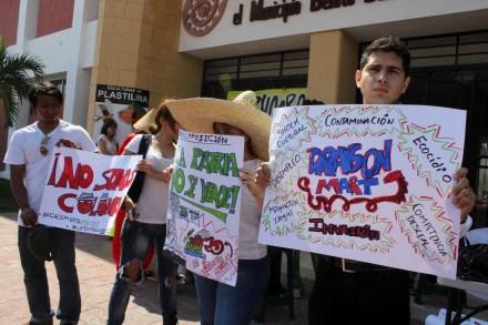 Una de las protestas contra Dragon Mart. Foto: Especial.