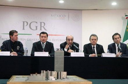 Castillo, Osorio, Murillo, Coldwell y Lozoya. Tras la hipótesis del gas. Foto: Germán Canseco