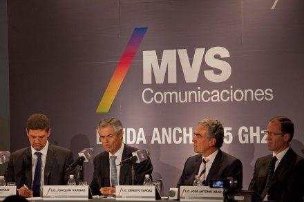 Joaquín Vargas, Ernesto Vargas y José Antonio Abad, directivos de MVS. Foto: Miguel Dimayuga