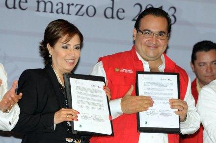 Robles y Duarte durante la presentación de la Cruzada contra el Hambre en Veracruz. Foto: Yahir Ceballos