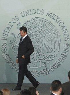 Peña Nieto durante la premiación de la Olimpiada del Conocimiento Infantil. Foto: Benjamin Flores