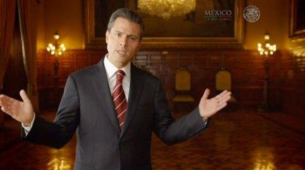 Peña durante su mensaje en cadena nacional sobre la reforma energética. Foto: Especial