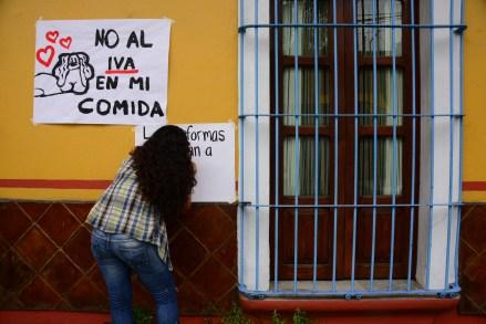 Protesta estudiantil en Veracruz contra las reformas del gobierno federal. Foto: Rubén Espinosa.