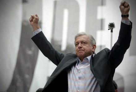 López Obrador encabezó un mitin en defensa de Pemex el 8 de septiembre pasado. Foto: Xinhua / Alejandro Ayala