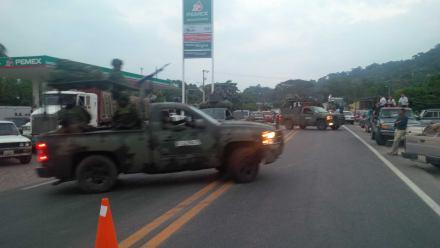 Militares en El Ocotito, Guerrero. Foto: Ezequiel Flores