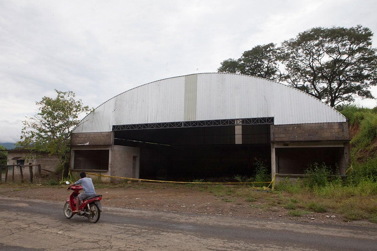 La bodega en Tlatlaya donde militares ejecutaron a civiles. Foto: Miguel Dimayuga