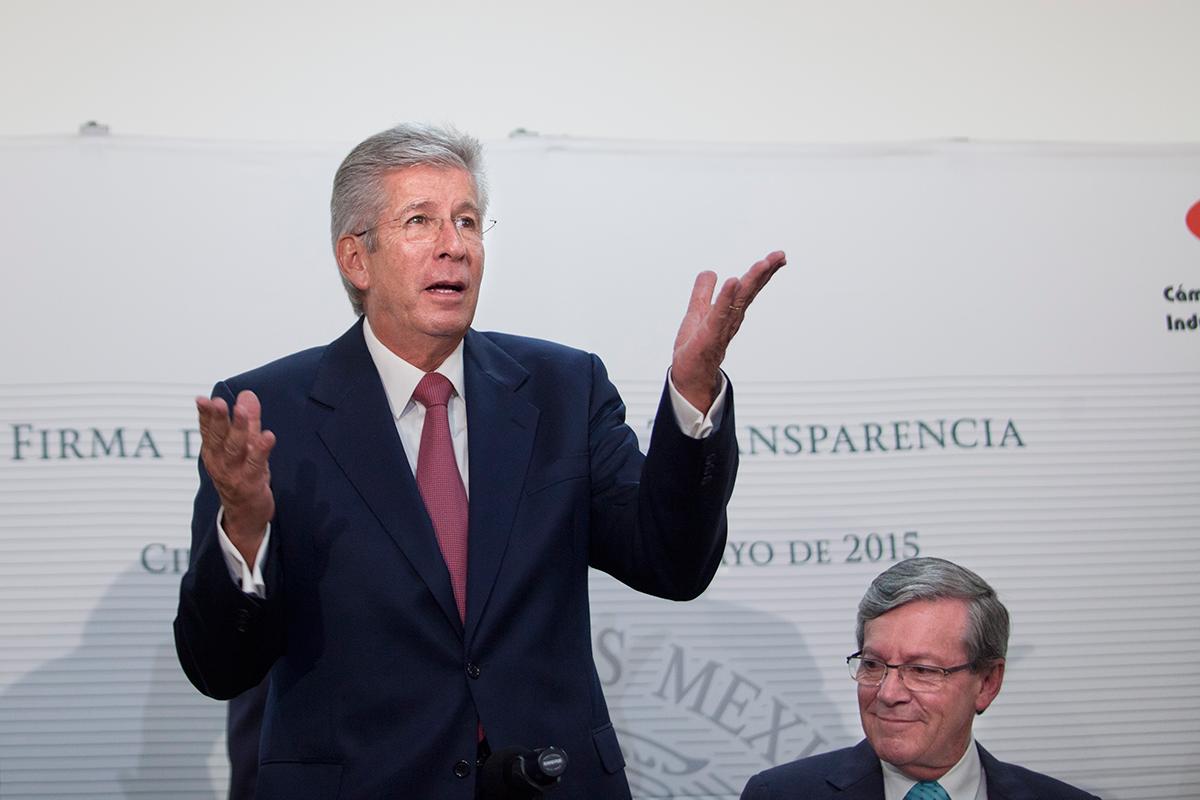 Gerardo Ruiz Esparza, titular de la SCT. Foto: Miguel Dimayuga