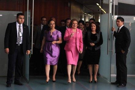 La titular de la PGR, Arely Gómez, en el Senado. Foto: Eduardo Miranda