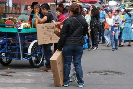 La entrega de televisiones digitales en la Ciudad de México. Foto: J. Raúl Pérez