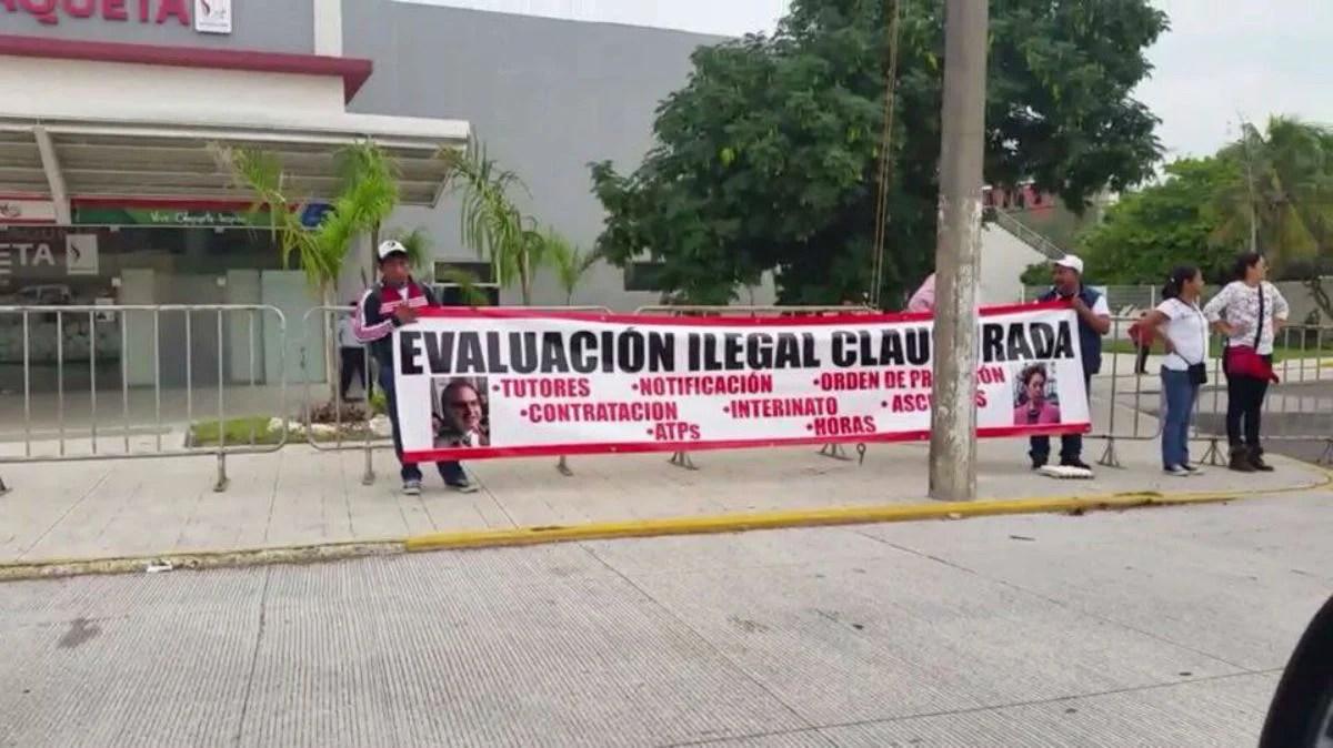 Los maestros protestaron por la evaluación docente en Veracruz. Foto: Tomada de Facebook