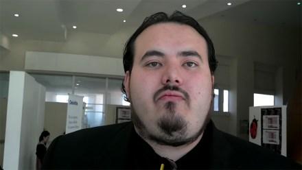 """Raúl Robles, especialista en """"seguridad informática ofensiva"""". Foto: Tomada de YouTube"""