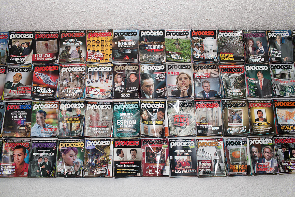 Las portadas de las últimas ediciones de Proceso. Foto: Marco A. Cruz