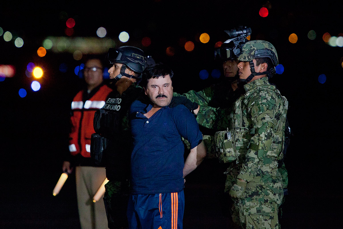"Trasladan a Joaquín ""El Chapo"" Guzmán al penal del Altiplano. Foto: Eduardo Miranda"