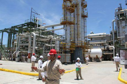 Presión por la caída de los precios del petróleo. Foto: Víctor Hugo Rojas