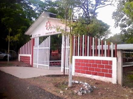 La secundaria en la comunidad de Santana del Águila. Foto: Red Noticias