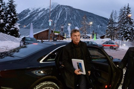 Macri a su llegada al Foro de Davos. Foto: Xinhua / Presidencia