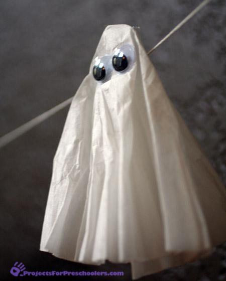 Coffee filter ghost - Halloween preschool craft