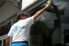 laveur-vitre-2-a-la-taille
