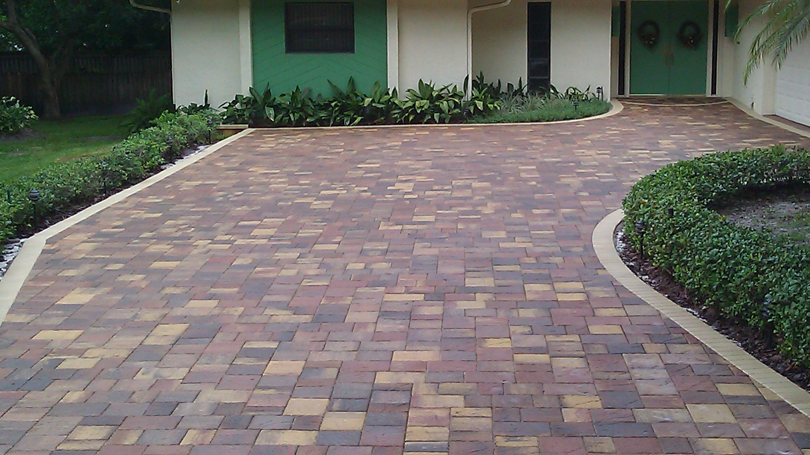 White Seal N Lock Lowes Aggregate Driveway Sealer Lowes Driveway Sealer Squeegee Clearwater Paver Driveway Paver Driveway After Sealing Withseal N Lock Clearwater Paver Sealing Paver Sealing houzz-02 Lowes Driveway Sealer