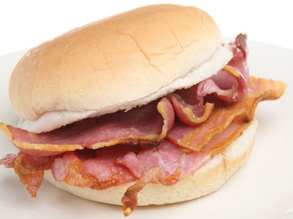 bacon-sandwich-roll