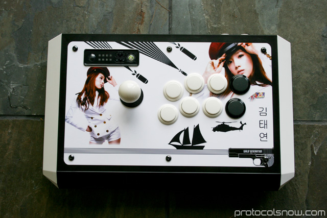 Street Fighter 4 Tournament Edition arcade stick Madcatz artwork mod taeyeon snsd girls' generation genie tell me your wish