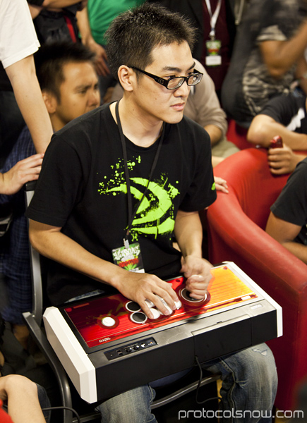 Season's Beatings V Redemption fighting game tournament Gamerbee Taiwan Super Street Fighter IV SSF4 Bruce Hsiang