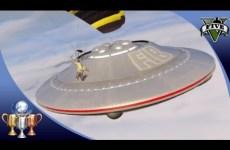 GTA-5-Flying-UFO-3-Easter-Egg-Over-Sandy-Shores-Illuminati-UFO-Easter-Eggs-100
