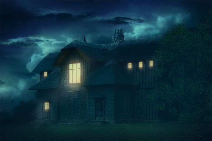 Create Gloomy House Scene in Photoshop