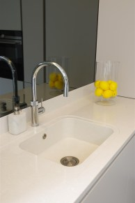 Integrity sink with Quooker Scale Control Flex Chrome