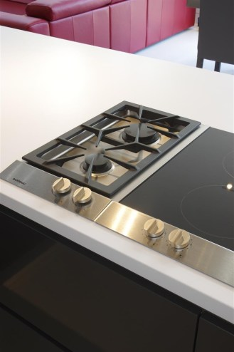 Gaggenau INDUCTION HOB in Stainless Steel and Gaggenau GAS VARIO HOB, NATURAL GAS Stainless steel