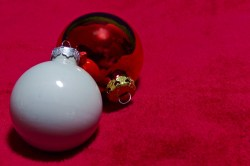 Small Of White Christmas Ornaments