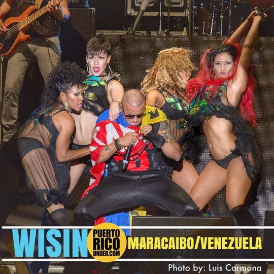 #wisin #maracaibo #venezuela @puertoricounder pic by: @luiscarmona @letusdotheworkforyou