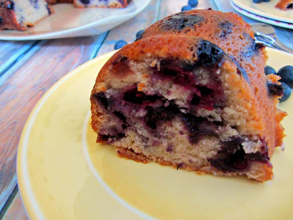 blueberry yogurt cake6 1024x768 Blueberry Yogurt Cake