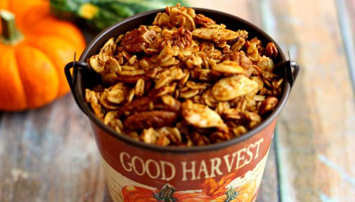 This Pumpkin Spice Granola is flavored with pumpkin, spices, maple syrup, brown sugar, and pumpkin seeds that will wow your taste buds!