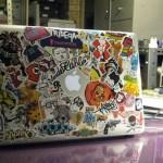 ¿Le pones etiquetas a tu laptop?