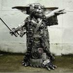 Una estatua de metal inspirada en Yoda