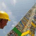 Nuevo récord mundial para la torre de LEGOS más alta del mundo