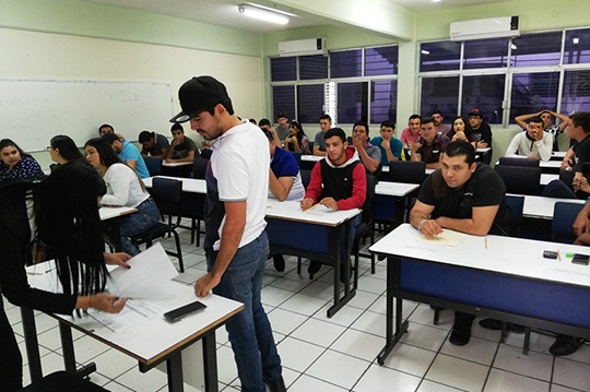 Aplican-examen-EGEL-Ceneval-a-alumnos-de-4-licenciaturas-FCEAT,-URCN-UAS.07.12-(9)