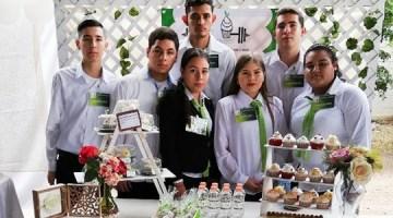Proyectos-Emprendedores-presentan-alumnos-de-la-UA-Prepa-Guamúchil,-URCN-UAS.12.12-(11)