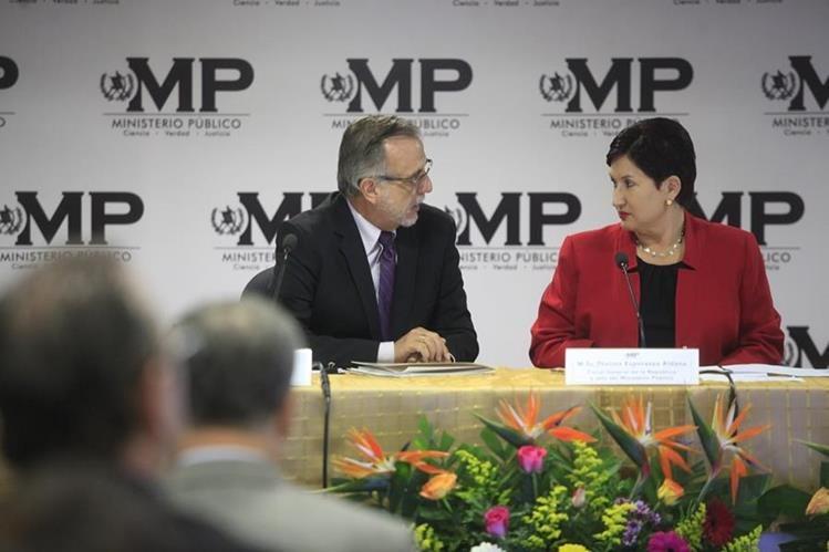 guatemala-thelma-aldana-fiscal-general-ivan-vasquez-comisionado-cicig-foto-prensalibre-com