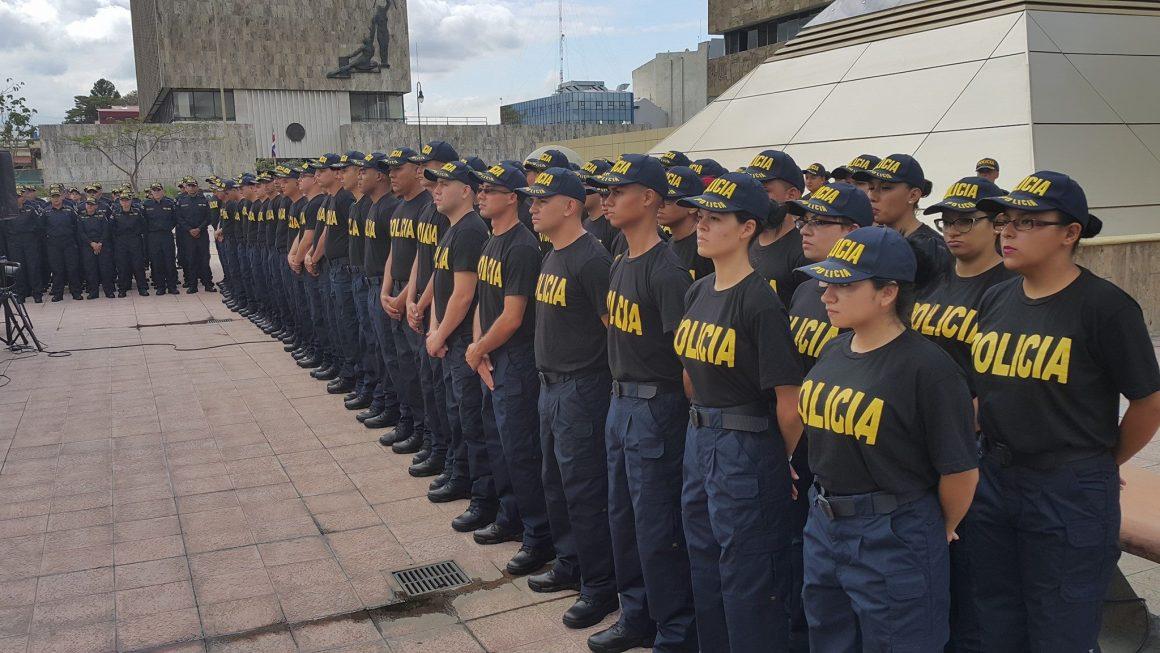Graduación nuevos policías. Foto Facebook Poder Judicial CR