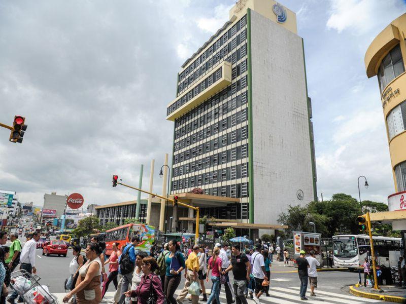 CCSS Costa Rica edificio central San José. Google