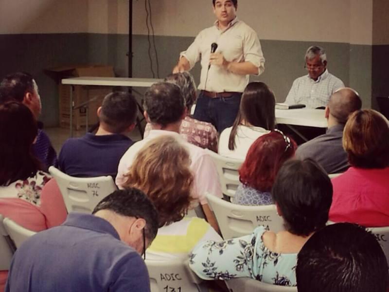 Carlos Alvarado candidato PAC. Foto Facebook