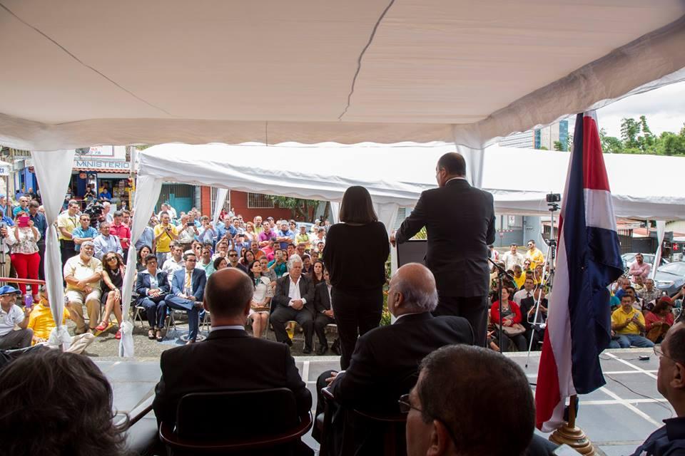 Presidente Luis Guillermo Solís. Foto Facebook.