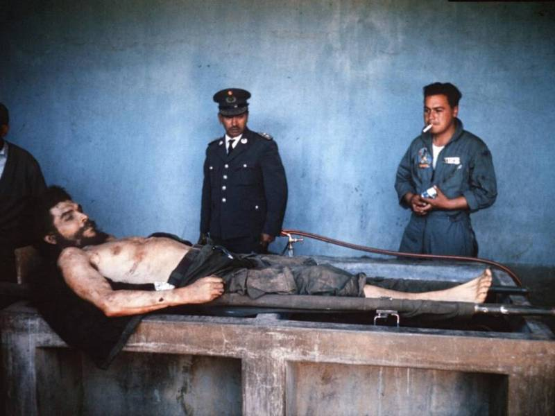 Muerte Che Guevara 1967. Foto AFP Marc Hutten. elnuevodiario.com