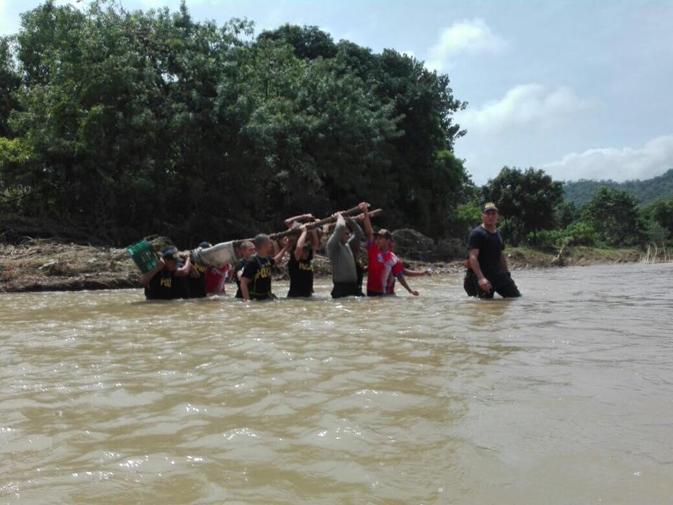 Rescate inundaciones. Foto Facebook CNE