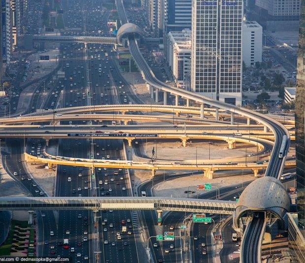 rooftopping-dubai-urban-exploration-vadim-makhorov-3